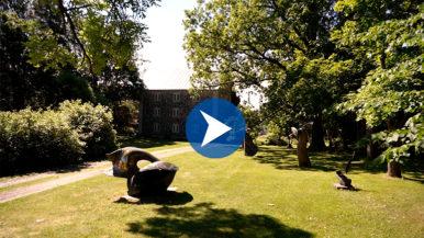 Nissbackan kartanon veistospuisto – koe Laila Pullisen teokset