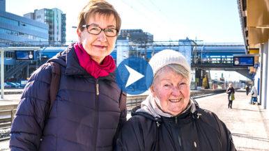 Menokaveri auttaa liikkeelle – Kerttu ja Leila bussireissulla