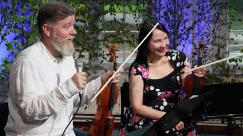 Vantaan Viihdeorkesteri Ensemblen viulistit